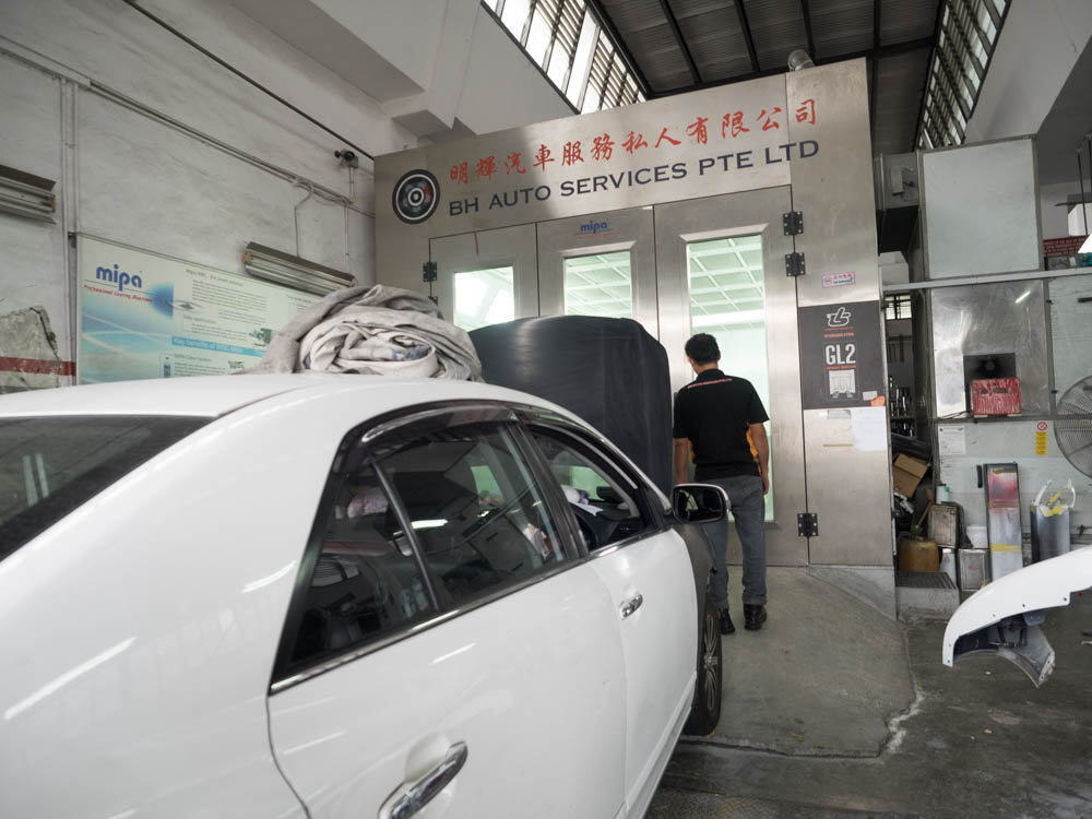 Spray Painting Service for Car in Singapore